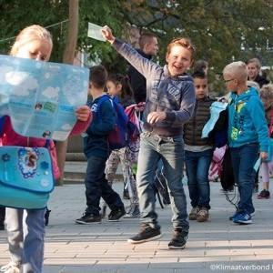 CO2-uitstoot beperken door gedragsverandering: ruim 21.000 kinderen gaan voorop