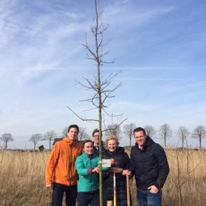 Een ereboom voor ambassadeur Philip de Roo